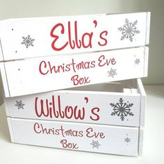 christmas traditions How to make the perfect Christmas Eve box this yearprimamagazine Diy Christmas Eve Box, Xmas Eve Boxes, Personalised Christmas Eve Box, Christmas Hamper, Christmas Signs, Family Christmas, Christmas Time, Christmas Eve Box Ideas For Adults, Christmas Traditions Kids