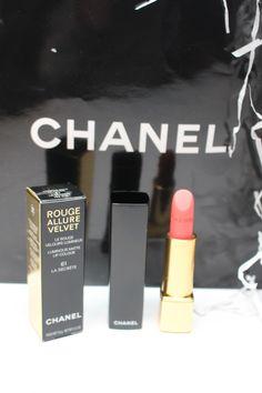 chanel-springcollection-2017-la-secrete-61-rouge-allure-velvet-matte-luminous-lipstick