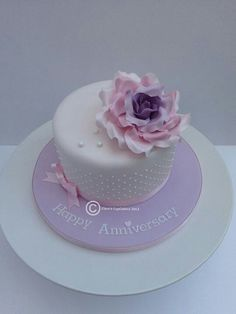 #clairescupcakery #cakes