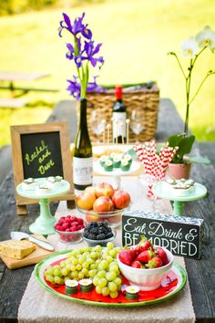 Sunshine Soaked Vintage Picnic