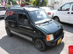 old school Suzuki Wagon R, Old School Cars, City Car, Sick, Japanese, Chicken, Vehicles, Modified Cars, Japanese Language