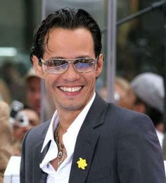 Marc Anthony Caliente!