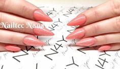 Nana har været på Skabelon negle kursus i 3 dage og har lavet dette flotte sæt gele negle hvor der til sidst er lavt Ge Polish i Koral på.