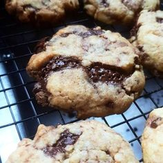 Chocolate chip cookie Recipe by Shandré Linde Baking Sheet, Baking Soda, Sifted Flour, Vanilla Essence, Vegetarian Chocolate, Chocolate Chip Cookies, Great Recipes, Cookie Recipes, Caramel