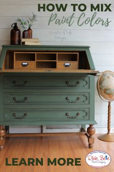 How to Mix Kudzu and Collard Greens - Dixie Belle Paint Company Chalk Paint Hutch, Chalk Paint Colors Furniture, Green Painted Furniture, Painted Hutch, Repurposed Furniture, Chalk Painting, Furniture Makeover, Diy Furniture, Dresser Makeovers