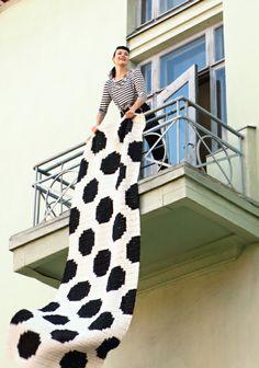 Crochet polka dot throw pattern