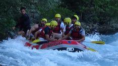 Einheimische und ausländische Gäste, die Köprüçay zum Rafting bevorzugen, bestimmen die besondere Beschaffenheit des Flusses. Sie haben auch die Möglichkeit, die natürlichen und historischen Schönheiten des Köprülü Canyon Nationalparks in der Stadt Beşkonak im Bezirk Manavgat zu sehen. Zum Nationalpark gehört auch die antike Stadt Selge, die sich in den Bergen westlich des Flusses befindet. Rafting Tour, Nationalparks, Turu, Antalya, Bergen, Jeep, Outdoor Decor, River, Antiquities