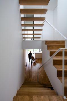Galeria de Casa Bonjardim / ATKA arquitectos - 29