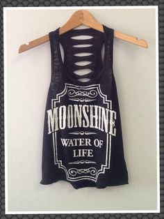 Tank top Moonshine by CustomTsCorp on Etsy Country Girl Style, Country Girls, My Style, Country Jam, Summer Outfits, Cute Outfits, Estilo Rock, Girl Fashion, Womens Fashion