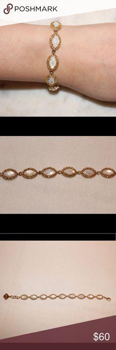 Kendra Scott Bracelet Beautiful Kendra Scott Bracelet. Measures to 8 inches in length. Perfect condition. Kendra Scott Jewelry Bracelets