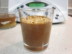 Vasos de mousse rápido de chocolate con Thermomix, sólo 10 minutos de preparación, 1 hora de frigorífico y disfrutarás de un mousse de chocolate buenísimo