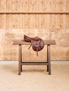 www.pegasebuzz.com | Equestrian photography : Maud Remy-Lonvis - Le Monde d'Hermès, allegro saddle.