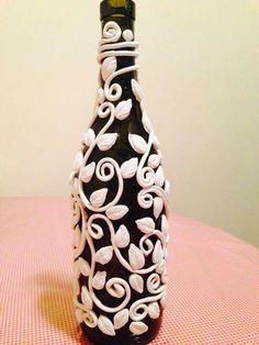 20 GENIUS BOTTLE IDEAS # Bottle craft ideas/# 20 best out of waste bottle craft ideas - Bottle art & craft. Painted Glass BottlesPaint BottlesDecorated BottlesWine Bottle VasesRecycled W - Waste Bottle Craft, Glass Bottle Crafts, Wine Bottle Art, Painted Wine Bottles, Diy Bottle, Crafts With Wine Bottles, Bottle Lamps, Decorated Bottles, Bottles And Jars