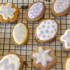 Does anyone else find food allergies at Easter time a challenge? One Easter tradition I have to keep up is baking Easter biscuits free from allergens. Easter Biscuits, Easter Traditions, Food Allergies, Dairy Free, Activities For Kids, Cookies, Baking, Easter Ideas, Desserts