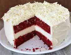 red velvet with a layer of cheesecake. I wonder if it come fat free, sugar free, carb free, and calorie free. LOL This is my fav at the Cheesecake Factory Velvet Cake, Red Velvet Cheesecake Cake, The Cheesecake Factory, Food Cakes, Cupcake Cakes, Dessert Crepes, Dessert Aux Fruits, Dinner Dessert, Köstliche Desserts
