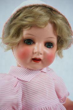 http://www.ebay.de/itm/K-W-298-Koenig-Wernicke-Schildkrot-Puppe-alt-antik-Celluloid-Zelluloid-20er-top-/