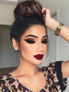 Glam Makeup Look, Fall Makeup Looks, Glamour Makeup, Dark Makeup, Pretty Makeup, Makeup Looks With Red Lips, Winter Makeup, Perfect Makeup, Fall Eyeshadow Looks