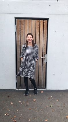 Grosse Auswahl an Schnittmuster von I AM PATTERNS @ Lilly Paris.ch I Am Patterns, Merchant And Mills, Pullover, Normcore, Paris, Style, Fashion, Sewing Patterns, Woman