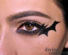 Bat Eyeliner Halloween make-up tutorial - Hallowen Makeup Tutorial Cat Halloween Makeup, Halloween Eyes, Easy Halloween, Bat Makeup, Skull Makeup, Eyeliner Makeup, Scary Makeup, Makeup Geek, Bat Costume