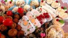 Terina de branza cu oua si legume - aperitive festive Acest preparat este ideal pentru platourile cu aperitivee festive. Pe lânga gustul fin și delicatare si un aspect deosebit. Cu siguranță ne vom surprinde în mod plăcut invitați. Terină de brânză cu ouă și legume Tiparire Timp preparare 25 mins Timp gatire Timp total 25 mins Autor: Tina Categoria: Aperitive festive Portii: 6 Ingrediente: 200 g smântână 1 cutie cremă de brânză 200 g telemea 200 g brânză dulce 300 g legume congelate…