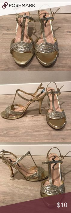 Gold heels with diamond embellishment Gold heels perfect for wedding season! Women's size 10. Used normal wear. Shoes Heels