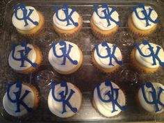 Kentucky wildcats cupcakes. Made by tannicakes on FB