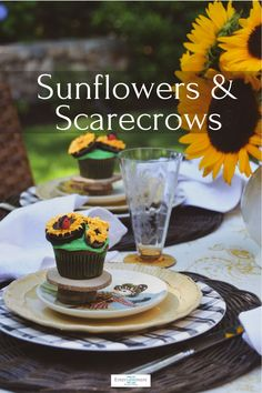 Sunflowers, Scarecrows and Sunflower Cupcakes celebrate the end of summer #tablesetting #tablescape #sunflowers #Maxcera #summer Sunflower Cupcakes, Green Cupcakes, Diy Centerpieces, Centrepieces, Climbing Hydrangea, Different Types Of Flowers, Labour Day, Make A Table, Fall Patterns