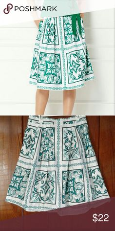 Eva Mendes Maddie Skirt A vibrant tile print with a flattering pleated flare worn once *Banded waist *Onseam pockets *Center back zipper *Center back length 29 in. New York & Company Skirts A-Line or Full