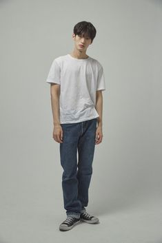 CREW - Seungchan Lee Ulzzang Boy, Black Print, Black Hair, Normcore, Boys, Model, Style, Fashion, Asian Hotties