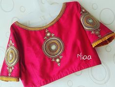 Customized blouse available in all size and any color For booking ur order please only contact whatsApp 9677698687 Or Direct message us Half Saree Designs, Pattu Saree Blouse Designs, Blouse Designs Silk, Blouse Patterns, Embroidery Designs, Simple Embroidery, Beaded Embroidery, Blouse Desings, Aari Work Blouse