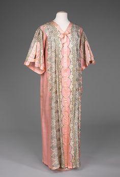 Negligée.  Date: ca. 1910. Culture: American. Medium: silk. Dimensions: Length at CB: 58 in. (147.3 cm).