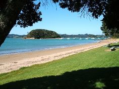 Paihia New Zealand Bay Of Islands, Family Road Trips, New Zealand, Sailing, Scene, Beach, Places, Water, Pictures