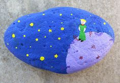 Hand painted stone - The Little Prince / Le petit prince @Annie Compean Rose Collis we can totally do this!
