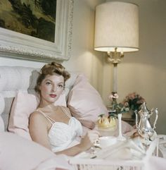 Julie London and Nice Girls Don't Stay for Breakfast