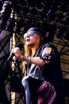 Axl Rose, Guns N Roses, Rock N Roll, 80s Metal Bands, Rose Williams, November Rain, Nikki Sixx, American Singers, Record Producer