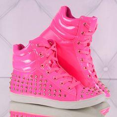 Neon-Sneakers: Trendy Neon Roze Sneakers met Studs - Trendy Fashion en Uitgaanskleding - Uwantisell.nl