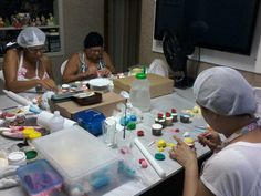 Curso de confeitaria para iniciantes, curso de Cupcakes, bolosdakikarecife@gmail.com, 81-8569-1812 ou 81 9734-9720, fanpage facebook : Bolos da kika recife doces, Blog : Recife Doces cupcakes e bolos
