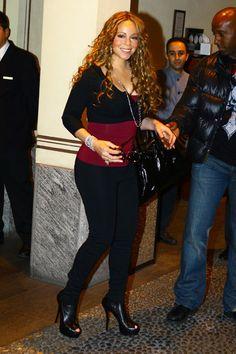 Mariah Carey Photos - Singer Mariah Carey arrives at the Four Seasons hotel in Milan. - Mariah Carey Arriving At Four Seasons In Milan