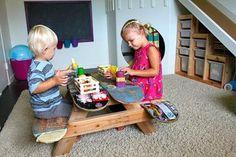 Tablas de skate viejas como mesas.