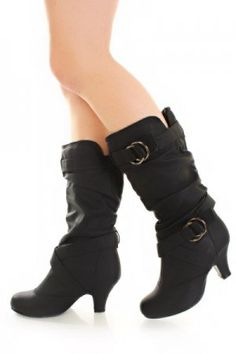 Cute Black Boots! 4ever-fashion.com - $39.99