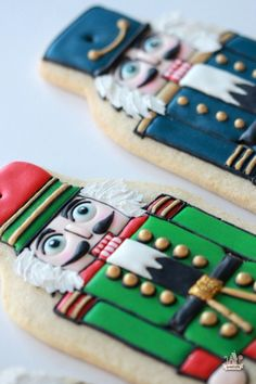 {Video} How to Decorate Nutcracker Cookies