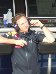 Christian Horner Red Bull 2010 Canadian GP Pit Lane (Photo by: Jose Romero Lopez)