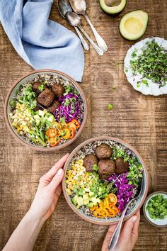 Are you ready to up your Meatless Monday game? If so, I've got you covered. This high-protein, plant-based, vegan Quinoa Power Bowl is easy-to-make, quick to put together, and a great way to sneak vegetables into your diet. #meatlessmonday #veganfood #powerbowl #quinoa