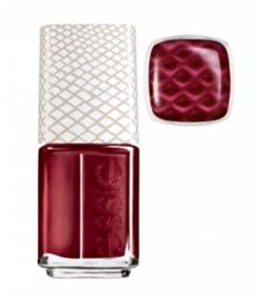 Essie Joins the Magnetic Polish Party With Reptile Nails