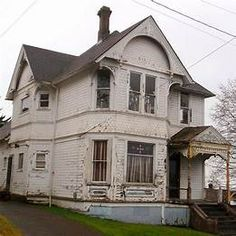 Old Victorian House Needs Help