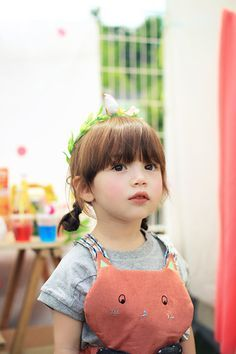 31 Gorgeous Pieces Of Clothing That Look Even Better From Behind Half Asian Babies, Cute Asian Babies, Asian Kids, Cute Babies, Baby Kids, Baby Baby, Precious Children, Beautiful Children, Ulzzang Kids