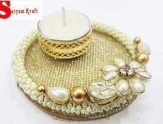 Cd Crafts, Diy Home Crafts, Decor Crafts, Handmade Crafts, Thali Decoration Ideas, Diwali Decorations, Festival Decorations, Mason Jar Candle Holders, Candle Holder Decor