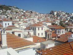 Skopelos Stad hoofdplaats van het eiland dat beken is van het kerkje van Mamma Mia