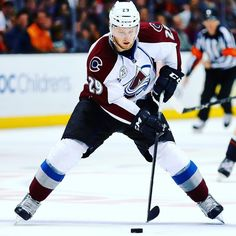 Colorado Avalanche, Nathan MacKinnon                                                                                                                                                                                 More