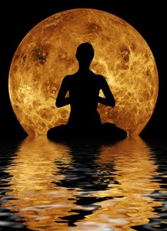The moon salutation sequence is a flow of sequences coordinated through your breathing to calm you down and draw your awareness inward to end your day in peace.